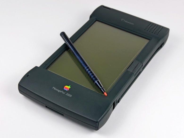 ตอนแรก ฟาเดลล์ เข้าใจว่าจะให้เขามาสร้าง PDA ใหม่แทน Newton