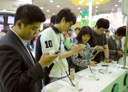 ผู้บริโภคชาวเกาหลี เปลี่ยนมือถือ กัน ถี่มาก ๆ