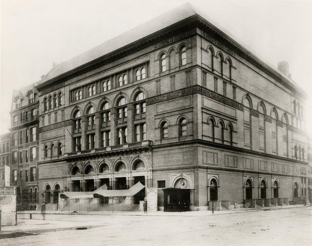 Carnegie Hall สัญลักษณ์กลางเมืองนิวยอร์ก