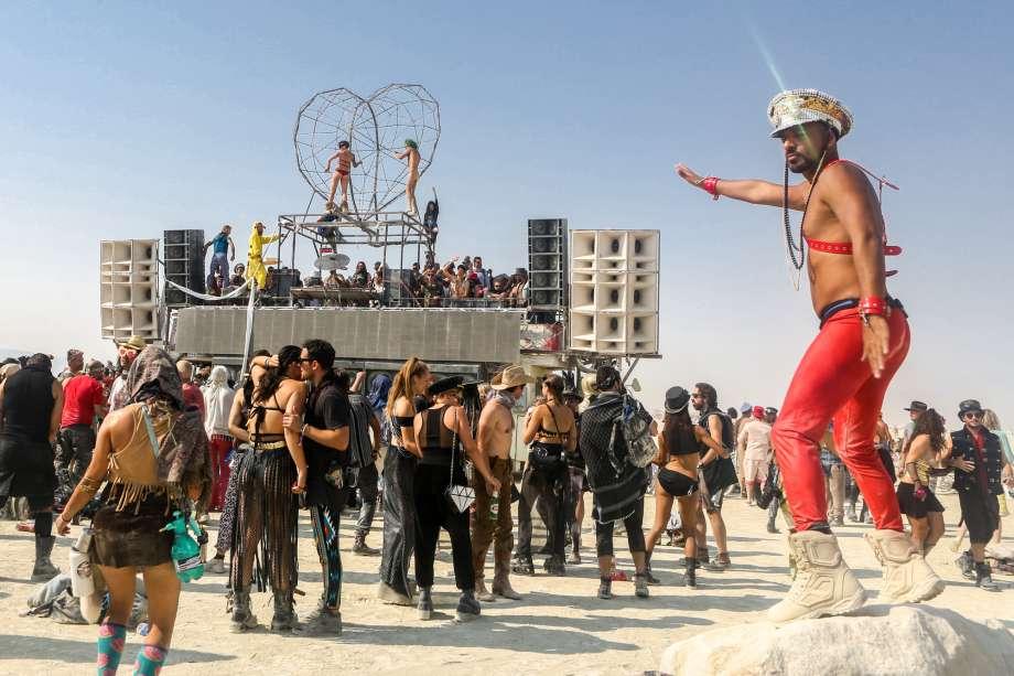 เทศกาล เบิร์นนิ่งแมน กลางทะเลทราย