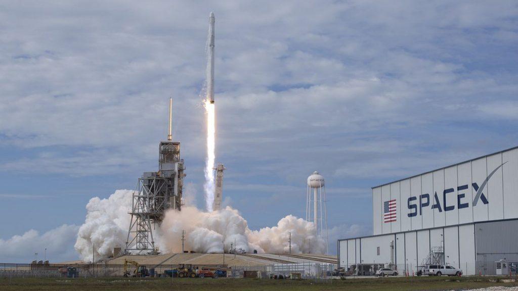 ก่อตั้ง Gigafund เน้นการลงทุนในด้านอวกาศอย่าง SpaceX