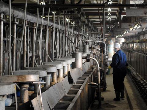 แรงงานราคาถูก รวมถึงของเสียออกจากโรงงานเยอะ ทำให้จีนกลายเป็นเจ้าตลาดธาตุโลหะหายากพวกนี้