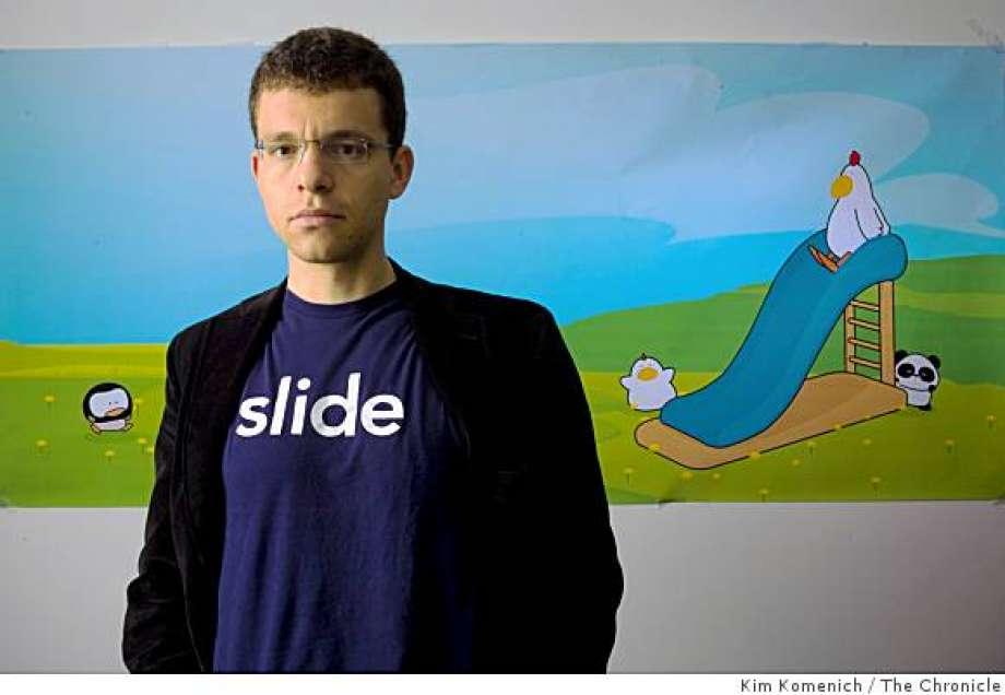 สร้างบริการแรกอย่าง Slide.com จนถูก Google ซื้อไปในที่สุด