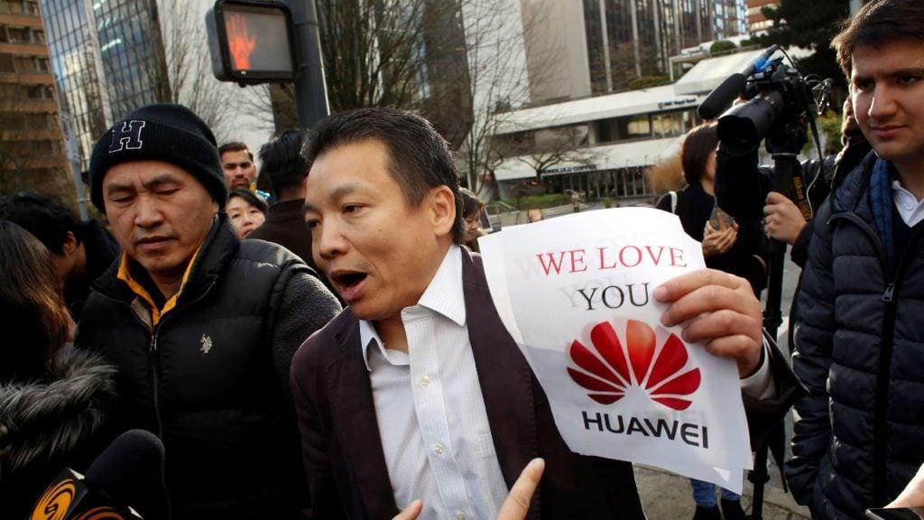 ผู้ก่อตั้งหัวเว่ย ไม่สนับสนุนการบอยคอตสินค้า Apple ของชาวจีน