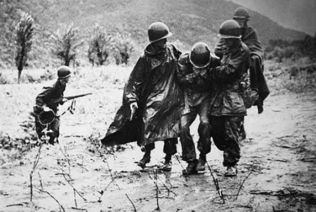 ทหารจีนที่ส่งไปช่วยรบในสงครามเกาหลี ต้องล้มตายเป็นจำนวนมากด้วยเทคโนโลยีที่เหนือกว่าของสหรัฐ