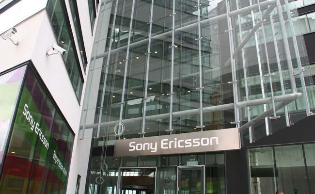 สถานการณ์ของ Sony Ericsson ดูจะเลวร้ายกว่าใครเพื่อนหลังการเปิดตัวของ iPhone