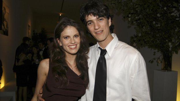 Neumann กับ อาดี น้องสาวของเขา
