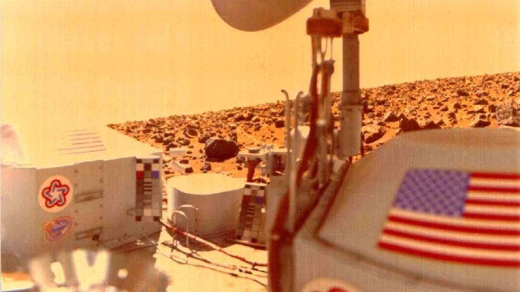 Viking 1 ของ Nasa ที่ลงจอดบนดาวอังคารตั้งแต่ปี 1976