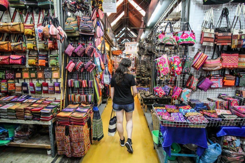 กับแรงบันดาลใจจากการเดินตลาดนัดจตุจักรในประเทศไทย