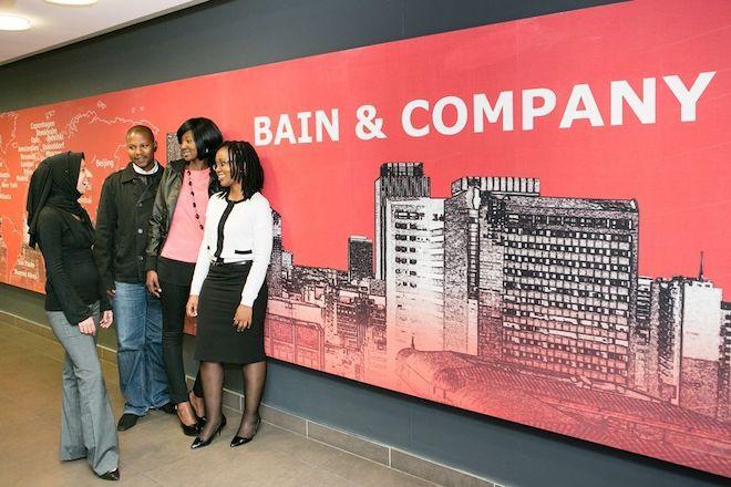 Bain & Company ที่เป็นบริษัท Consult มาช่วยเหลือ Dell
