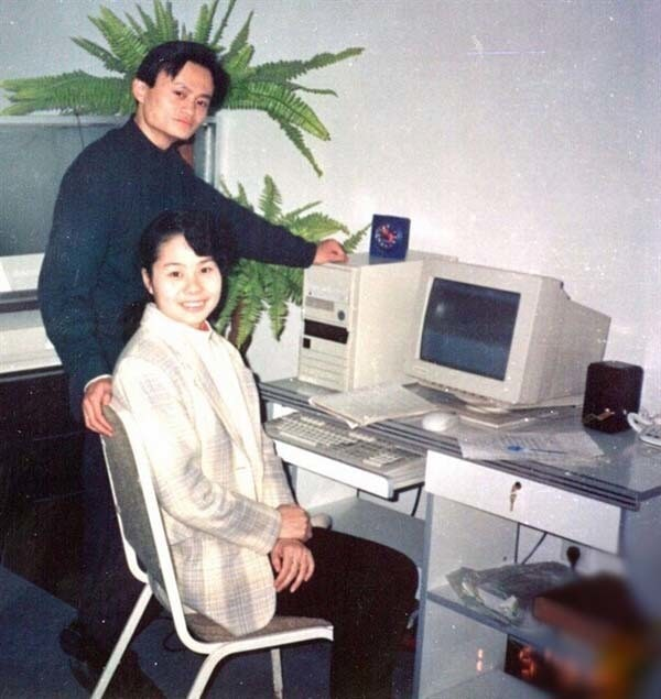 Zhang Ying ที่อยู่กับ Jack Ma มาตั้งแต่ยังก่อตั้งบริษัทใหม่ ๆ