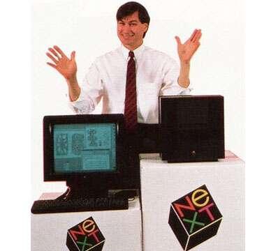 Steve Jobs ที่ได้ไปเริ่มต้นใหม่กับ NeXT แต่ก็ไม่ประสบความสำเร็จเท่าที่ควร