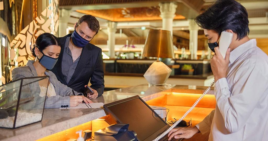 การแพร่ระบาดของ COVID-19 ทำให้ธุรกิจโรงแรมวิกฤติหนัก