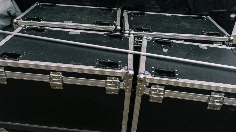 คาร์ลอส กอส์น หนีจากญี่ปุ่นในกล่องดนตรี (CR:GettyImage)