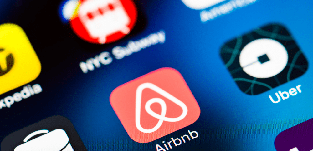Uber และ Airbnb ที่ประสบความสำเร็จในโมเดลแบบนี้มาก่อน (CR:Digital Branding Institute)