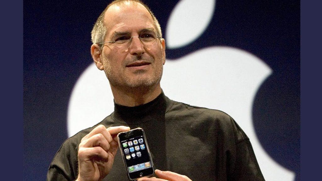 iPhone จาก Apple ที่เข้ามาเปลี่ยนแปลงทุกสิ่ง (CR:The Blue and White)